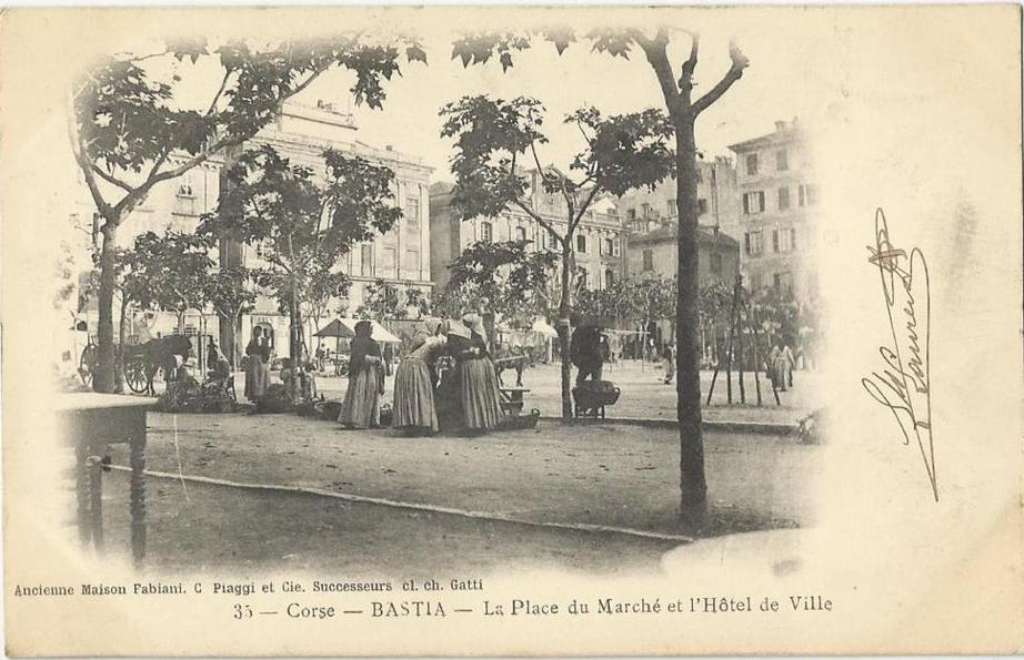 BASTIA , LA PLACE DU MARCHE ET L' HOTEL DE VILLE.jpg