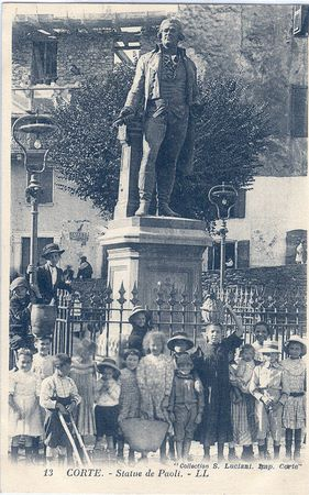 La statue de Pascal Paoli à Corté