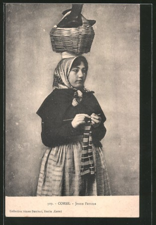 Femme de corse (10)