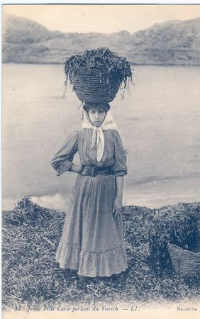 La femme corsetée
