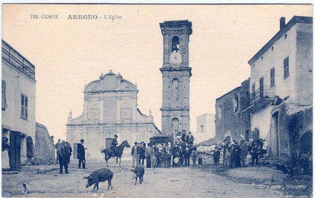 Le grand clocher d'Aregno et l'eglise