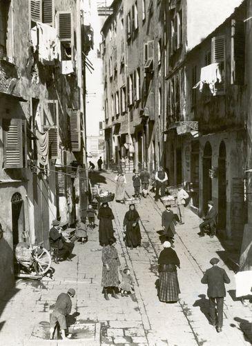 ruedu marche en 1920.jpg