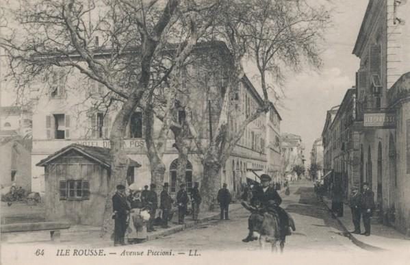 ILE-ROUSSE -Avenue Piccioni 1923.jpg