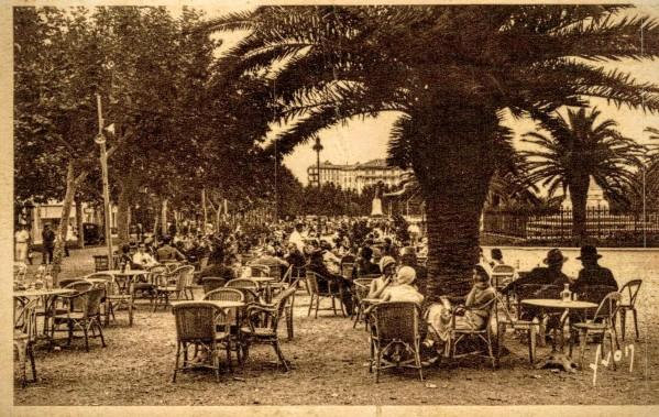 bastia-place-st-nicolas-l-heure-de-l-aperitif%0a%0a2