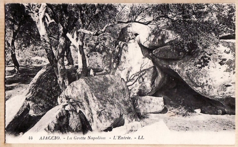 ajaccio-corse-la-grotte-napoleon-lentree-1920