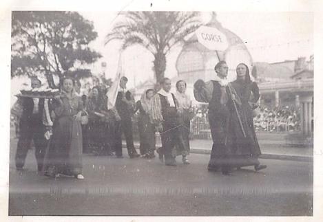 groupe-corse-macchiagholi-fete-des-provinces-15-aout-1938.jpg